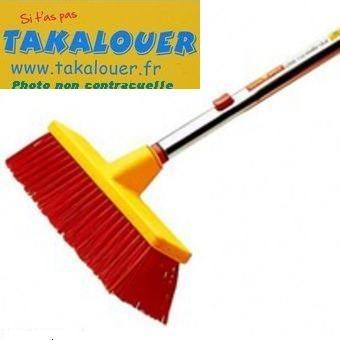 Takalouer nettoyage balai avec manche t lescopique de 2 2 4 m tres location de mat riel - Balai brosse telescopique ...